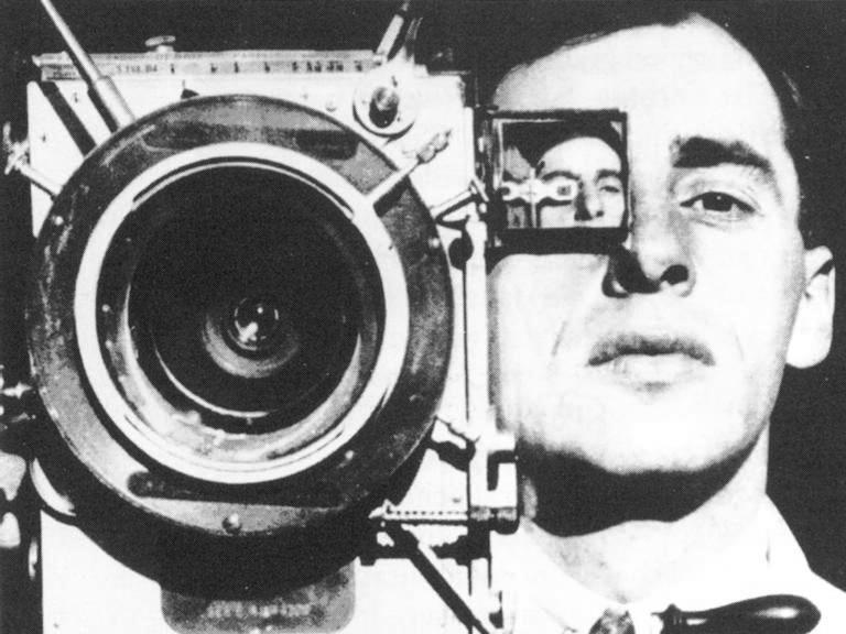 Τζίγκα Βέρτοφ : ο άνθρωπος με την κινηματογραφική μηχανή