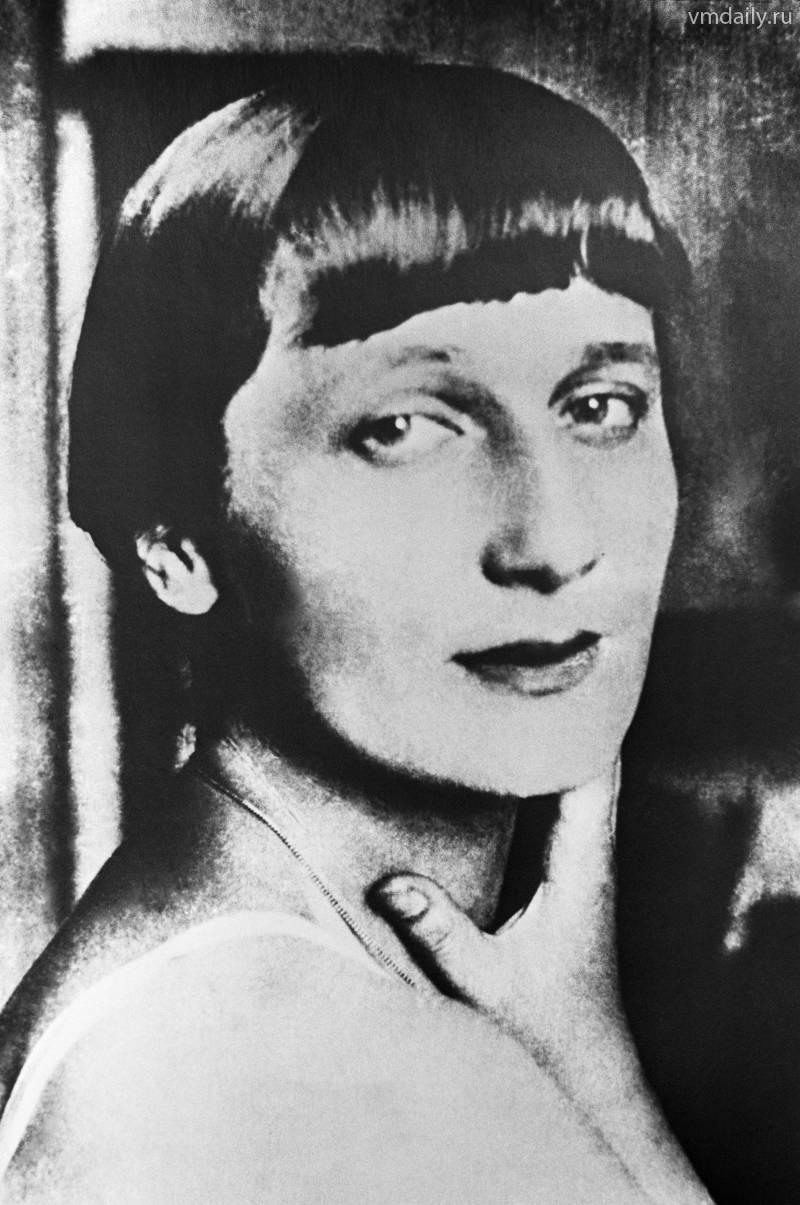 Ιωσήφ Μπρόντσκι Άννα Αχμάτοβα, η θλιμμένη μούσα
