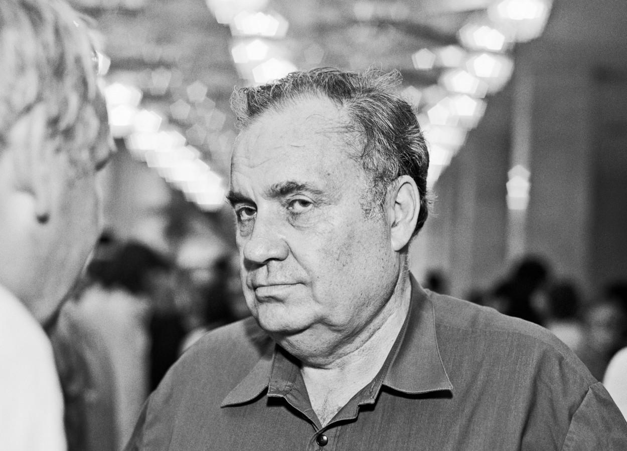 Ελντάρ Ριαζάνοφ (1927 – 2015) Ανάμεσα στην ημερομηνία γέννησης και θανάτου
